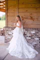 Hayley Paige 'Guindon' size 2 used wedding dress side view on bride