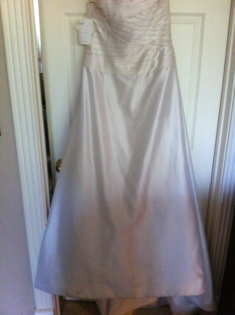Watters & Watters Silk Pleated Ivory Wedding Dress - Watters - Nearly Newlywed Bridal Boutique - 4