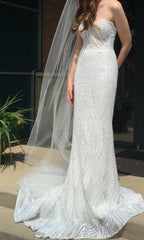 Berta '18-27' size 4 used wedding dress front view on bride