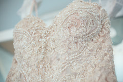 Stella York '6541' size 6 used wedding dress front view close up
