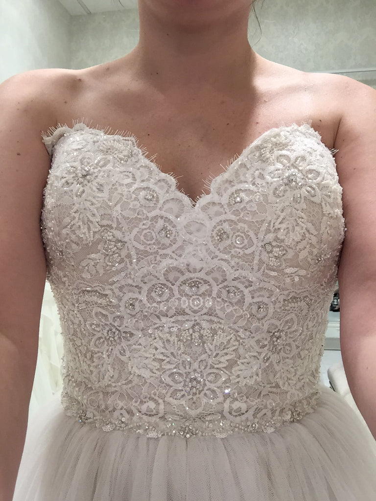 Watters 'A Line' size 6 new wedding dress front view close up