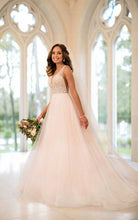 Load image into Gallery viewer, Stella York ' Beaded Ballgown' size 4 used wedding dress front view on model