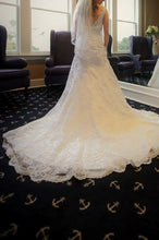Load image into Gallery viewer, david tutera for mon cheri '113211A' wedding dress size-00 PREOWNED