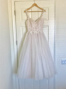 Moonlight 'Tango T750' size 6 new wedding dress front view on hanger