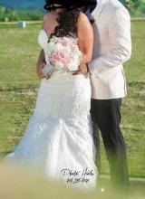 Load image into Gallery viewer, Martina Liana '803' size 4 used wedding dress front view on bride