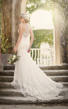 Load image into Gallery viewer, Essence of Australia '1910' size 6 new wedding dress back view on model