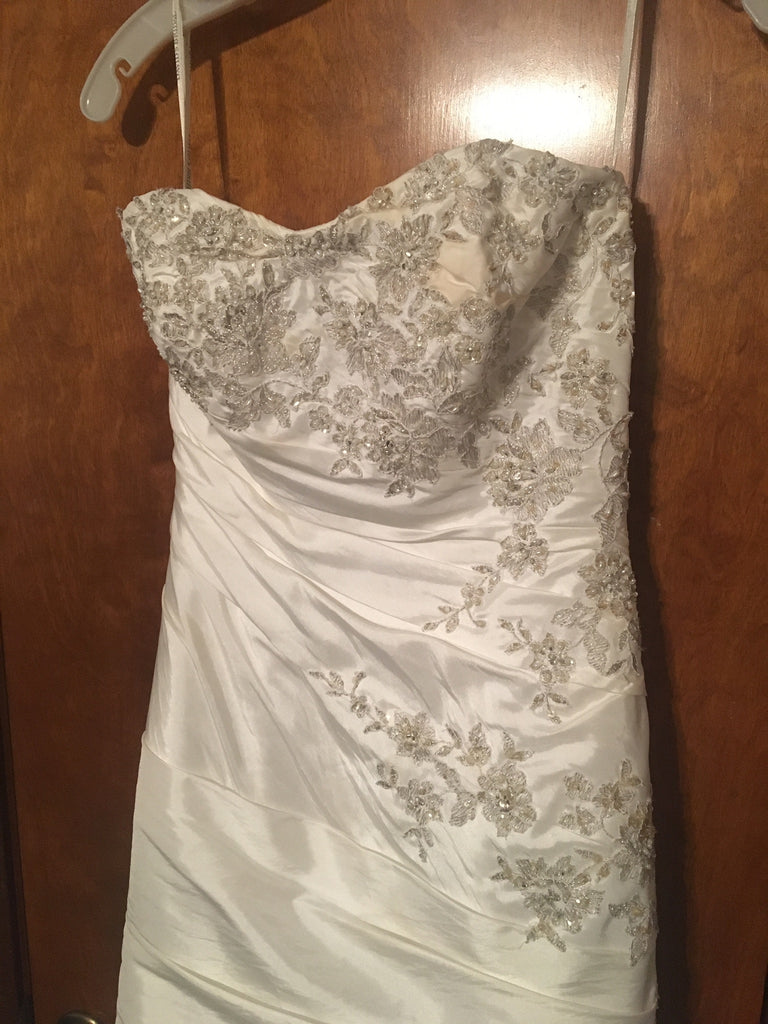 David S Bridal T9397 Size 2 Used Wedding Dress Nearly Newlywed