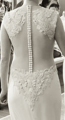 Vera Wang 'Adelia' size 2 used wedding dress back view on bride