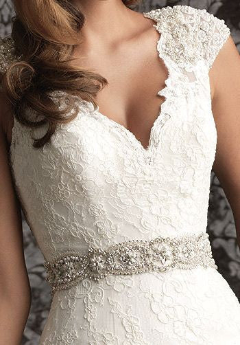 Allure Bridals 'Romance 9010' - Allure Bridals - Nearly Newlywed Bridal Boutique - 1