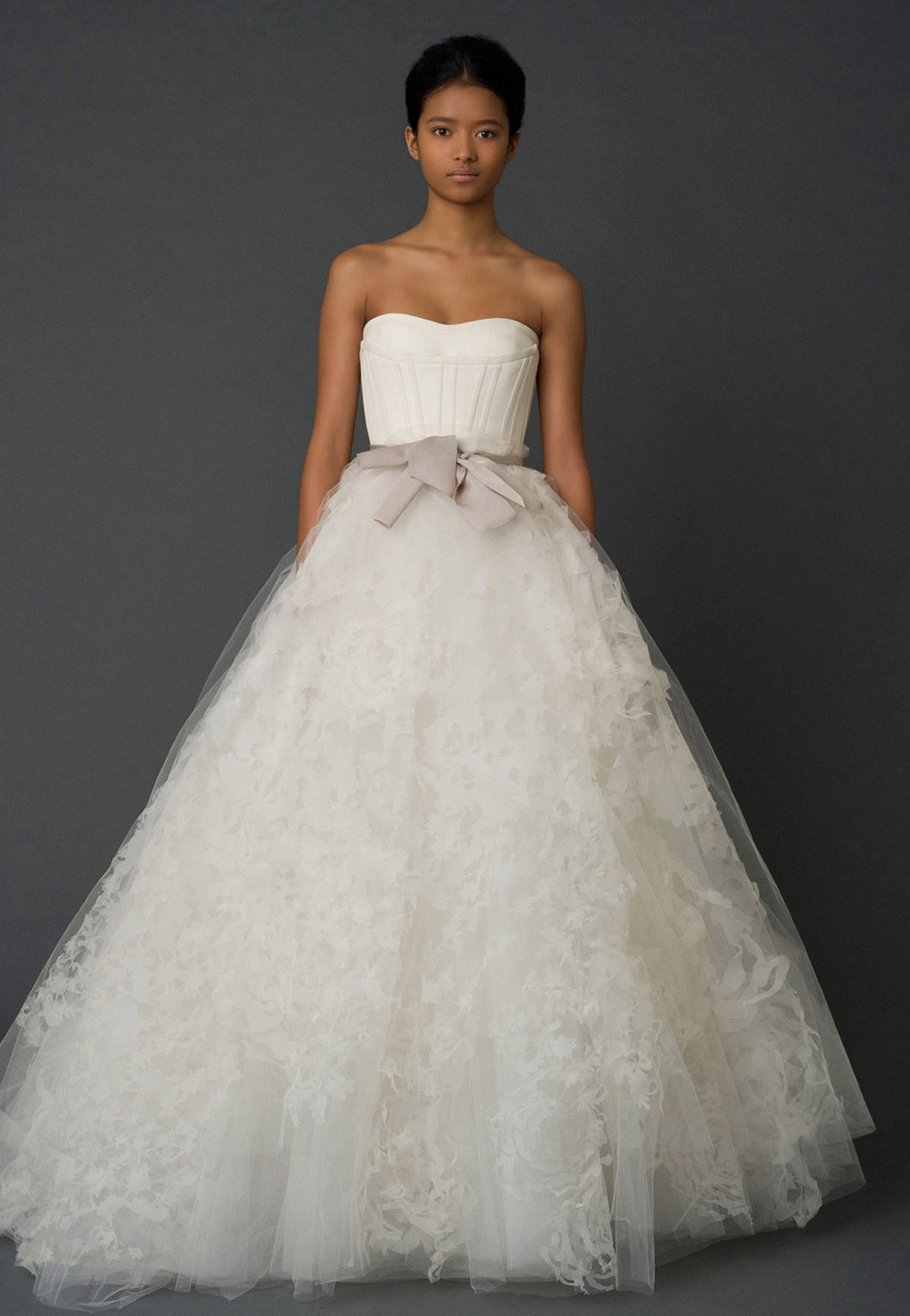 Vera Wang 'Hannah' - Vera Wang - Nearly Newlywed Bridal Boutique - 1