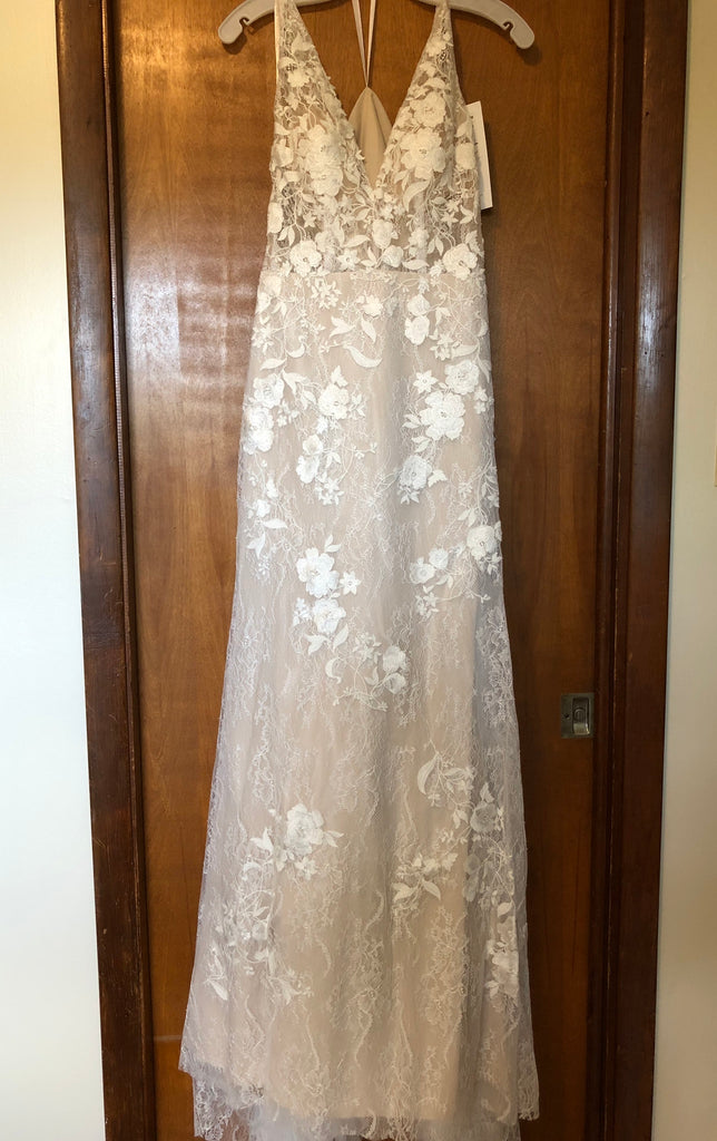 Ti Adora by Allison Webb 'Devany Lace Fit & Flare Gown' wedding dress size-02 NEW