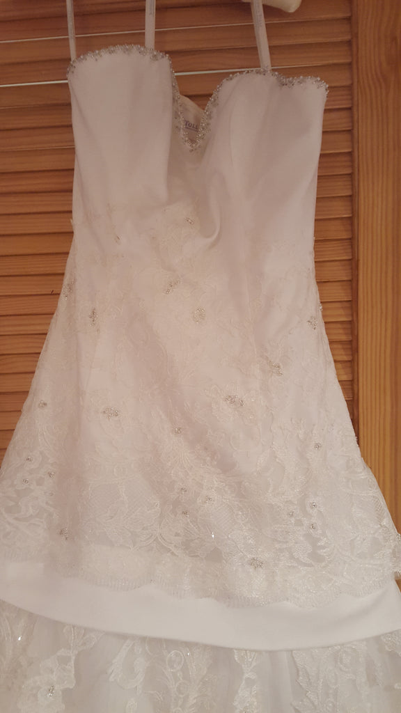 Sophia Tolli 'Lace And Elegance' size 10 new wedding dress front view on hanger