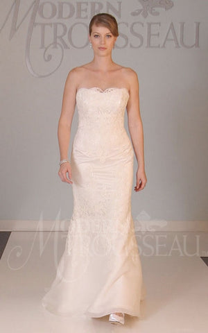 Modern Trousseau 'Devon' French Alencon Lace Gown