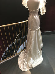 Henry Roth 'Custom' size 4 used wedding dress back view on mannequin