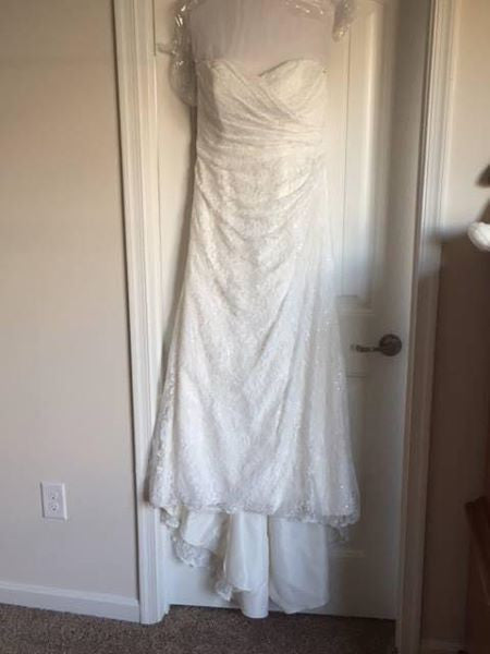 David's Bridal 'Strapless Sweetheart' size 12 used wedding dress front view on hanger