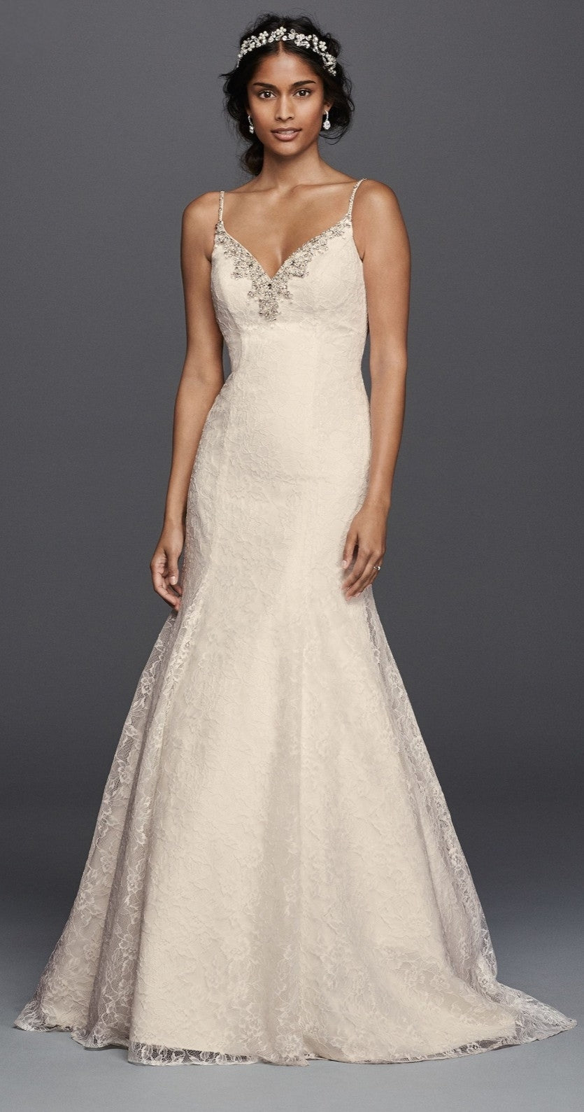 Jewel 'V3801' size 14 new wedding dress front view on model