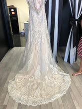Load image into Gallery viewer, Allure Bridals '9471'