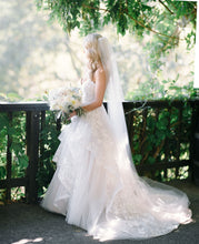 Load image into Gallery viewer, Hayley Paige 'Lulu' size 10 used wedding dress side view on bride