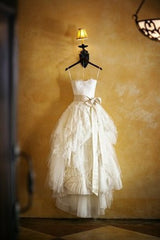 Vera Wang 'Eliza' size 2 used wedding dress front view on hanger