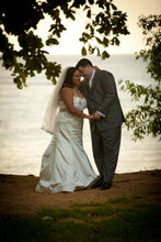 Load image into Gallery viewer, Melissa Sweet 'Deanna' - Melissa Sweet - Nearly Newlywed Bridal Boutique - 2
