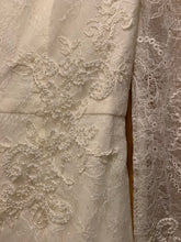 Load image into Gallery viewer, Vera Wang White 'Long Sleeve Lace Sheath' size 6 sample wedding dress close up of fabric