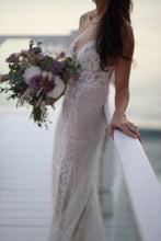 Load image into Gallery viewer, Berta '15-114' size 4 used wedding dress side view on bride