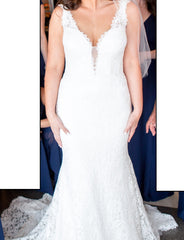 Pnina Tornai 'V Neck Sheath' size 4 used wedding dress front view on bride
