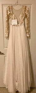 Hayley Paige 'Remmington' size 2 new wedding dress back view on hanger