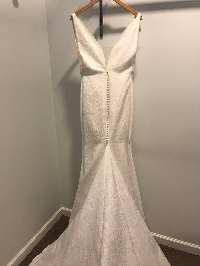 Pronovias 'Racimo' size 8 new wedding dress back view on hanger