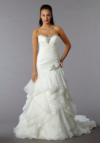 Perla D Line By Pnina Tornai For Kleinfeld Wedding Dress Size 0 Nearly Newlywed