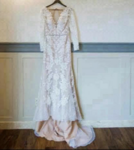 Galina Signature 'Galina' size 4 used wedding dress front view on hanger