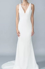 Lis Simon 'Hilton' size 10 new wedding dress front view on bride