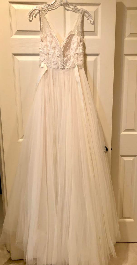 BHLDN 'Cassia' size 2 used wedding dress back view on hanger