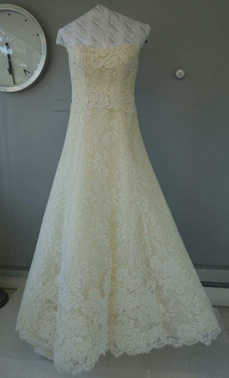 Vera Wang Luxe  'Nathalie' - Vera Wang - Nearly Newlywed Bridal Boutique - 3