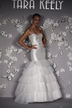 Load image into Gallery viewer, Tara Keely 'Jim Hjelm Couture' - Tara Keely - Nearly Newlywed Bridal Boutique - 3