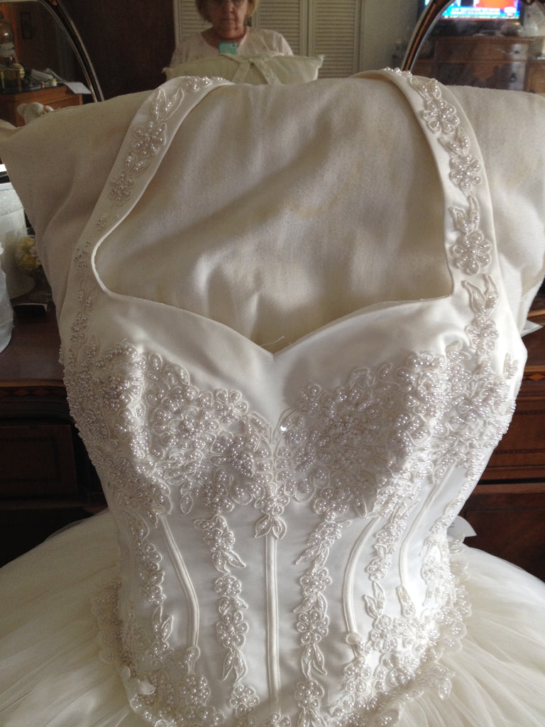 Mon Cheri 'Appliqued Dress' - Nearly Newlywed - Nearly Newlywed Bridal Boutique - 1