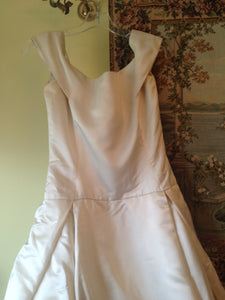 Vera Wang 'Off the Shoulder Wedding Dress' - Vera Wang - Nearly Newlywed Bridal Boutique - 5