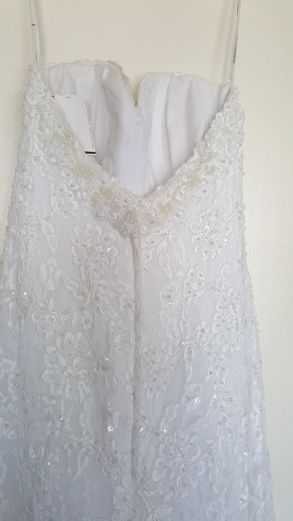 Monique Luo 'White Dress' size 2 new wedding dress back view close up on hanger