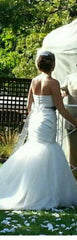 Vera Wang 'Fit and Flare' size 4 used wedding dress back view on bride
