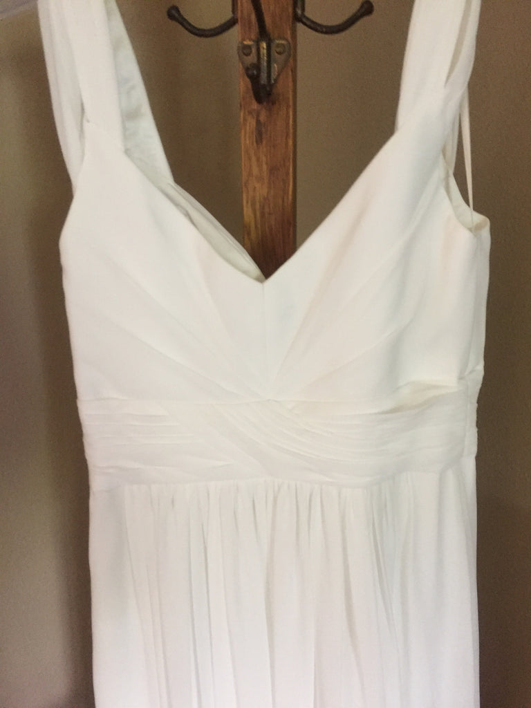 LuLus 'Gathered Flowing' size 4 new wedding dress back view on hanger