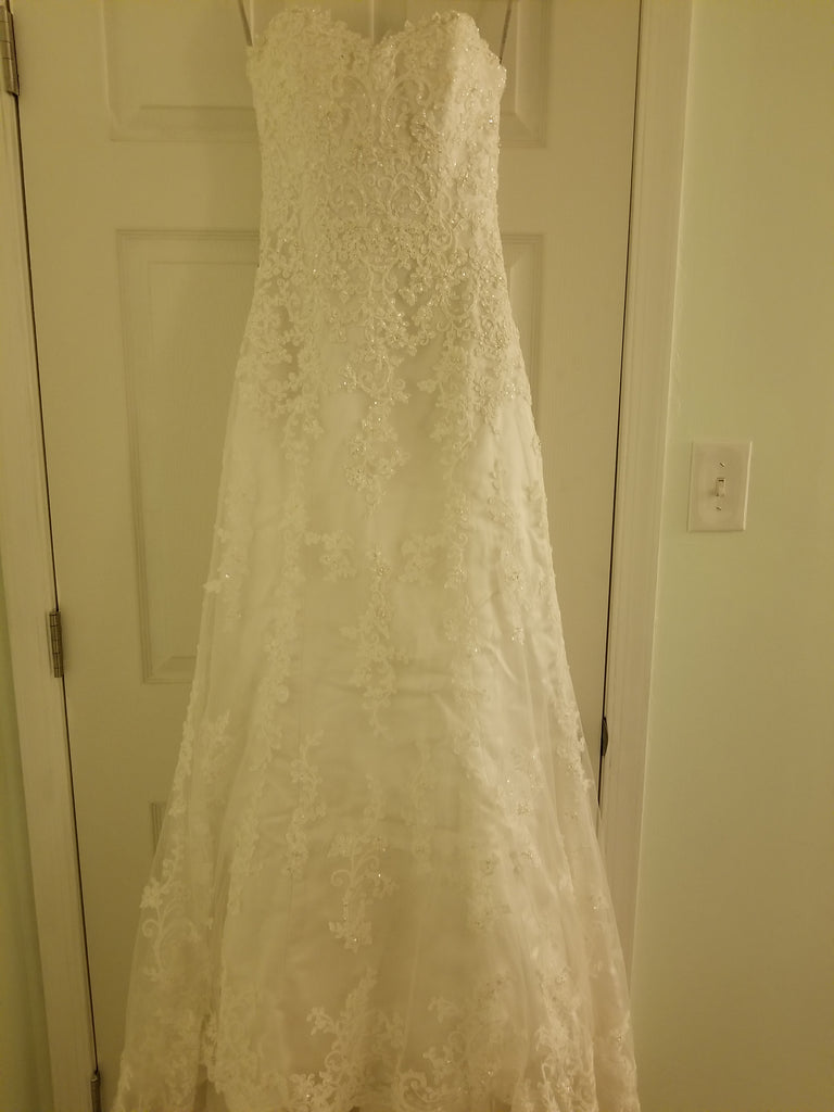 19e24a4ab9e Maggie Sottero  Emma  size 4 used wedding dress front view on hanger