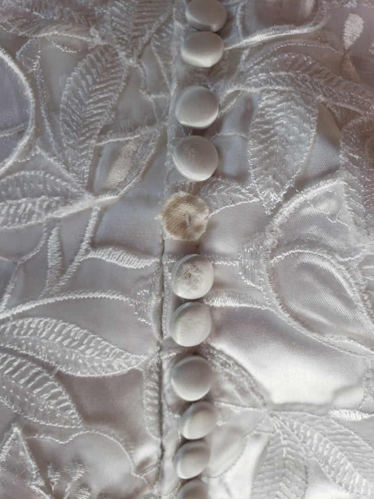 Custom 'Georgette of Boston' size 6 used wedding dress view of buttons