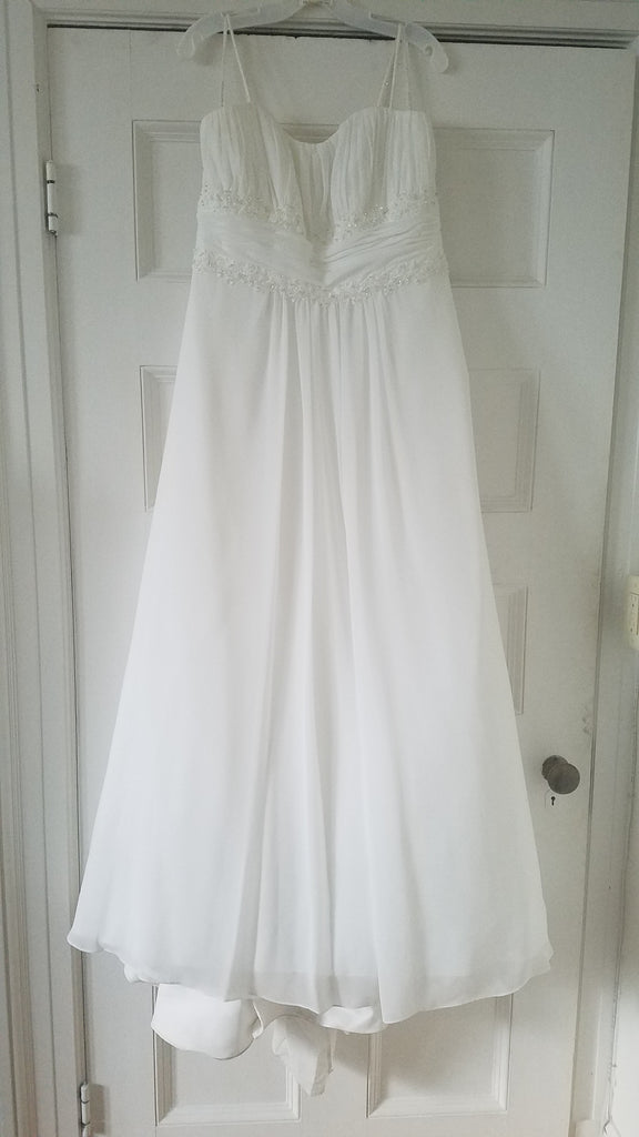 David's Bridal 'Ivory Ballgown' size 18 used wedding dress front view on hanger