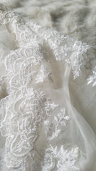 David's Bridal 'Ivory Ballgown' size 18 used wedding dress view of lace