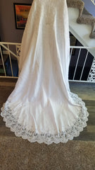David's Bridal 'Michelangelo V8377' size 14 used wedding dress view of train