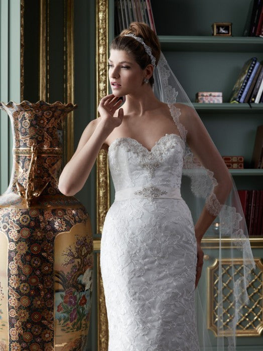 Casablanca 2081 Lace Trumpet Wedding Dress - Casablanca - Nearly Newlywed Bridal Boutique - 1