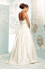 Paloma Blanca '4165' size 10 used wedding dress back view on model
