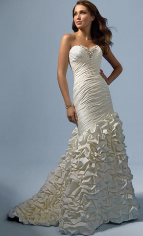 Alfred Angelo '2117'