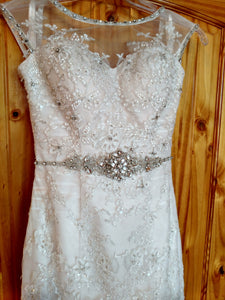 Jacquelin exclusive '19934' wedding dress size-02 PREOWNED