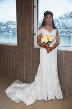 Load image into Gallery viewer, Maggie Sottero 'Ireland' size 6 used wedding dress front view on bride